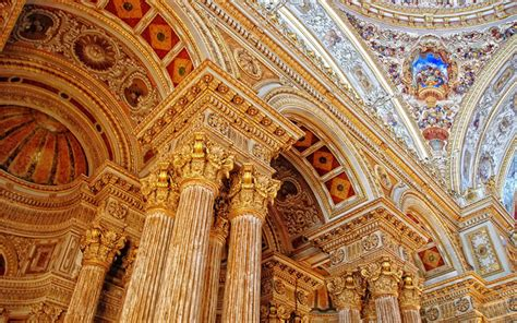 Chandelier Means Dolmabahce Palace In Istanbul Cct Investments
