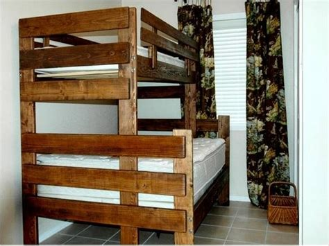 matching twin beds on pinterest twin beds boy rooms and diy bunk beds love the wood color boys room