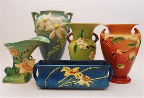 Roseville Vases Patterns Silver Quill Antiques And Gifts Roseville Pottery