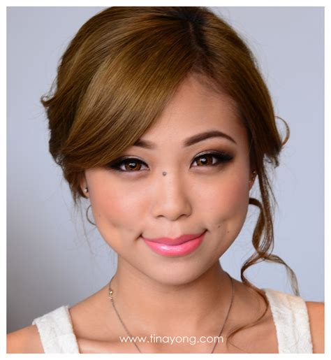 hair and makeup artist melbourne indonesian makeup artist melbourne saubhaya makeup