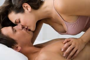 Love images couples kissing wallpaper photos 35106726