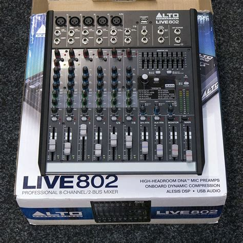 Mixer Alto Live 802 alto live 802 professional 8 channel 2 mixer w box ex demo rich tone