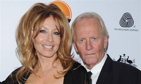 Krokodýl Dundee Paul Hogan exmanželce zaplatí 118 milionů ...