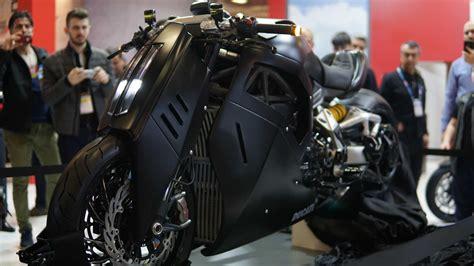 motobike istanbul  fuari bueyuek bir heyecanla basladi