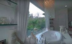 Vanderpump Bathroom - vanderpump villa rosa