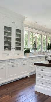 classic kitchen design ideas best 25 traditional white kitchens ideas only on