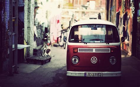 volkswagen kombi wallpaper hd volkswagen kombi red desktop background hd 1920x1200