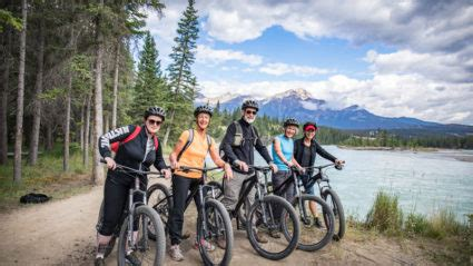 small group tours travel big adventures intrepid