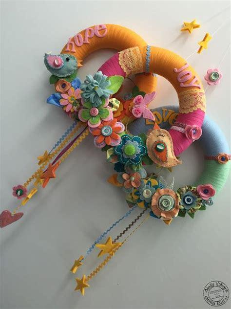 fiori di co primaverili 14 ghirlande fuoriporta primaverili fai da te wreaths