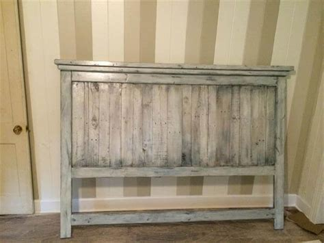diy wood headboards for beds diy pallet wood farmhouse style headboard 101 pallets