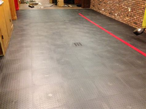 ArmorTile Protective Coating for Garage Floor Tiles