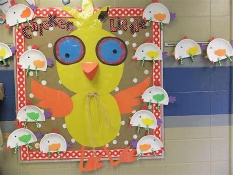 cute hen themes first grade blue skies bulletin boards slp bulletin