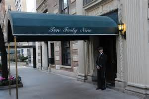 Apartments Nyc Doorman Building Exlusive Fans Flock To Real Apartment