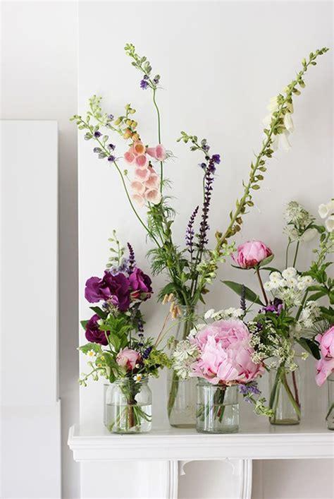 flower table arrangements ideas best 25 easy flower arrangements ideas on