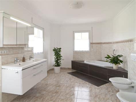 sch 246 n badezimmer einrichtungsideen einrichtung badezimmer - Designs Der Badezimmer