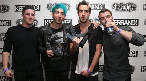 a for all time news all time low win two prizes at this year s kerrang rock