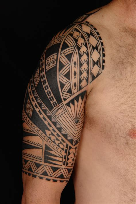 polynesian quarter sleeve tattoo designs maori polynesian tattoo samoan polynesian half sleeve tattoo