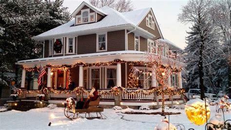 fixing up an old house casas americanas en navidad canexel casas de madera