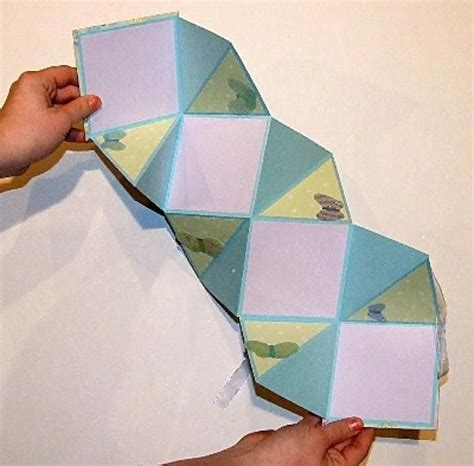 tutorial scrapbook akordion step by step instructions for making an accordion mini