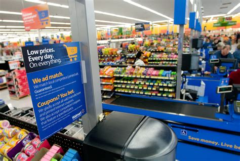 Walmart.com CEO: We Embrace Showrooming   Wired Business   Wired.com