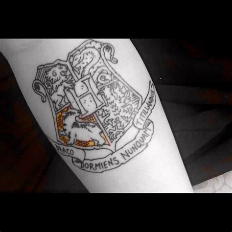 hogwarts tattoo hogwarts crest hufflepuff house harry potter