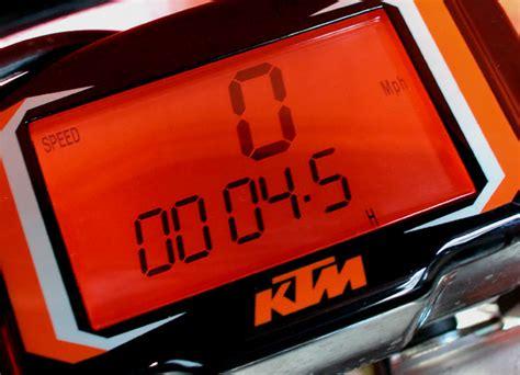 Ktm Exc Speedometer Comparo Yamaha Wr450 Vs Ktm Exc450 Canada Moto Guide