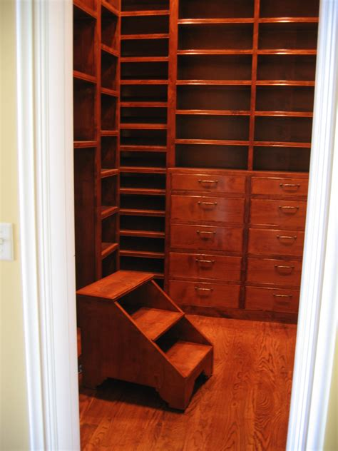 Custom Closet Cabinets by Custom Closet Cabinets Welcome To Jeff Rowley Carpentry