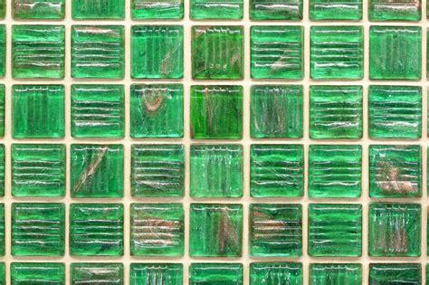 glasfliesen bad glasfliesen f 252 r das bad 187 preise und anbieter im 220 berblick