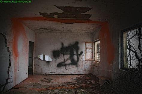 mai a letto pub abbandonato mai a letto albyphoto