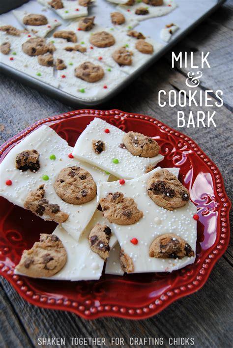 milk cookies bark no bake christmas treat
