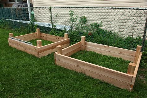 Building Raised Planter Beds by How To Build A Raised Garden Box Raised Garden Bed Design
