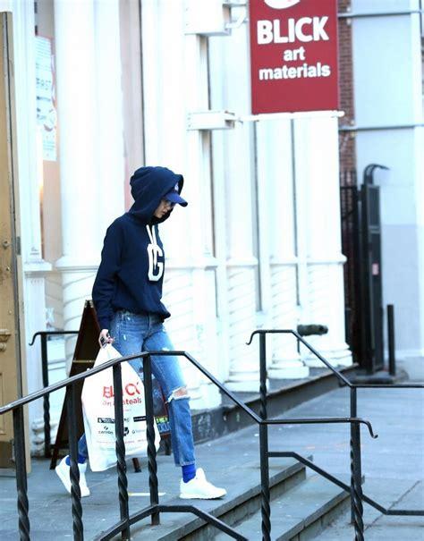 Horacio Goes Shopping Anything Goes by Gigi Hadid Photos Photos Gigi Hadid Goes Shopping In Nyc