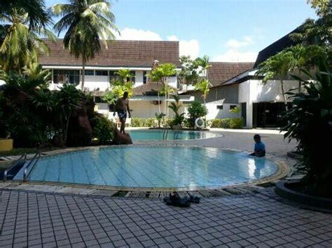 Kolam Renang Snake Pool 53026b putra palace kangar malaysia review hotel