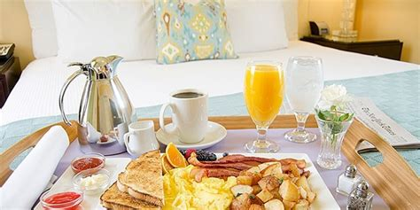 room food america s most popular room service items huffpost