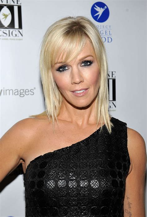 jennie garth tattoos jennie garth gets serious ink designs
