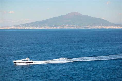 capri boat charter absolute yacht charters on capri capri by luxury yacht