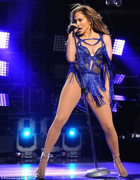 Jlo To Appear On Idol by Flashes The Flesh For American Idol Finale