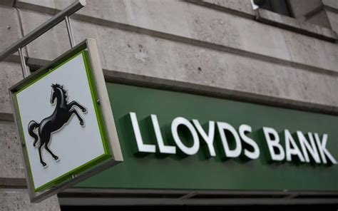 lloydst bank lloyds to axe 3000