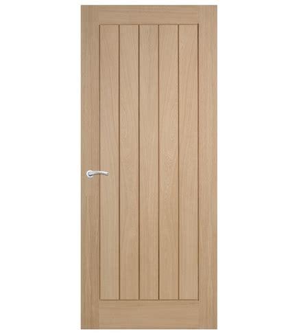 howdens interior doors dordogne oak door hardwood doors doors