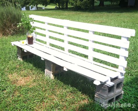 pallet outdoor bench our outdoor pallet bench classiclyamber