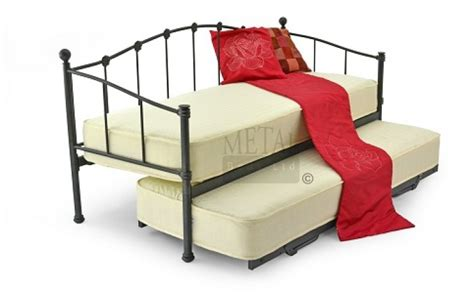 Small Single Bunk Beds Metal Beds 2ft6 75cm Small Single Black Metal Day Bed Frame By Metal Beds Ltd