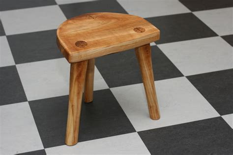 How To Make A Stool by Make A Real Viking Stool