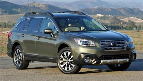 subaru outback 2016 blue 2016 subaru outback named to 16 best family cars of 2016