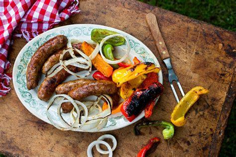 Wajan Sosis Bakar bersiaplah untuk menghidangkan 15 menu lezat ini di pesta