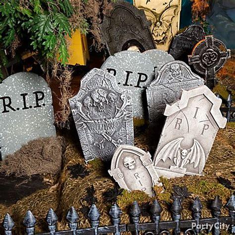 graveyard decoration ideas haunted house entrance ideas city