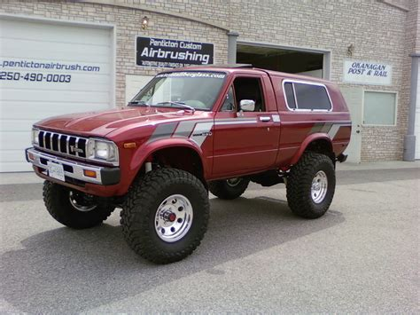 toyota truck lifted lifted toyota trucks www pixshark com images galleries