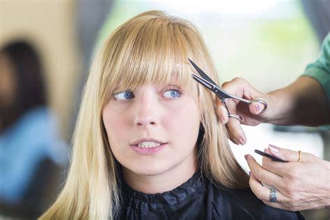 cortarse el pelo en llena 191 es cierto que es mejor cortar el pelo en llena