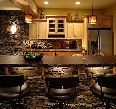 cucine rustiche con isola centrale cucine in muratura rustiche idee per la casa in cagna