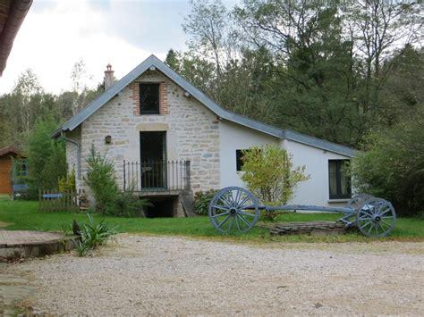 rustikale hütte mieten kleines landhaus fluss in le deschaux mieten 656017