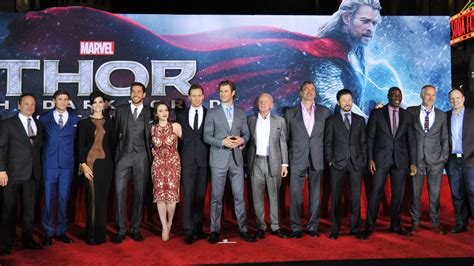 marvel actor height chart thor the dark world stars talk marvel secrecy at